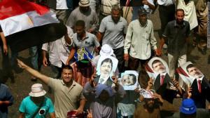 مصادمات بين انصار ومعارضي مرسي