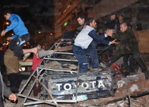 أثار انفجار مديرية أمن الدقهلية   والمصابين تصوير السيد الباز (19)