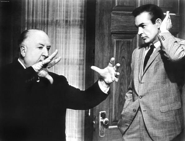 ألفريد هيتشكوك وشين كونري عام 1964