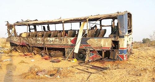 صورة أرشيفية: من الهجوم على حافلة للجيش في نوفمبر الماضي  أسفر عن مقتل 11 جنديا