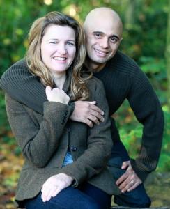 ساجد جاويد مع زوجته لورا