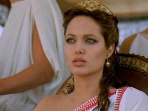 أنجلينا جولي ستؤدي دور كليوباترا فيما قد يكون آخر أعمالها كممثلة