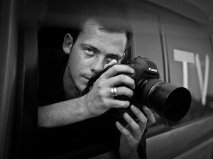 love-letter-to-war-photographer-killed-in-syria-leaves-journalist-in-choked-silence