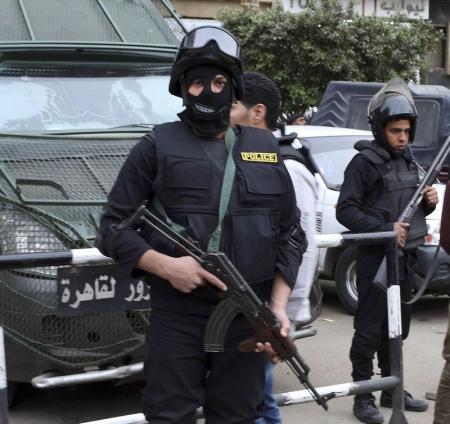 مصادر أمنية: مقتل شرطي وإصابة ثلاثة في هجوم شمالي القاهرة