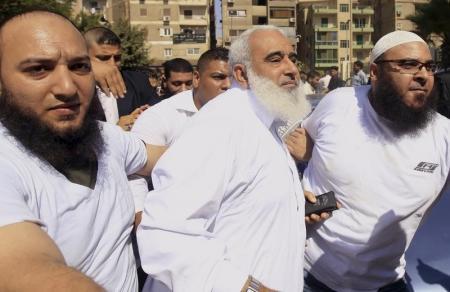وكالة: محكمة مصرية تؤيد سجن داعية إسلامي مزق الإنجيل