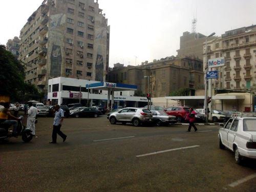 بنزينة 16 صبري أبوعلم حلت محل البناية التي سكنت فيها مي شقتين