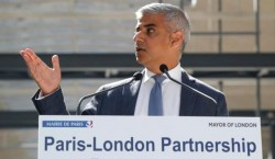 106747092_London_mayor_Sadiq_Khan_speaks_at_the_Halle_Freyssinet_a_future_digital_business_incubator-large_trans++aYt6_6mhPFT1pgycbdaP4x6cLzS71gpyLScHrMFuz4Q