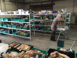 food-waste-supermarket-trolley