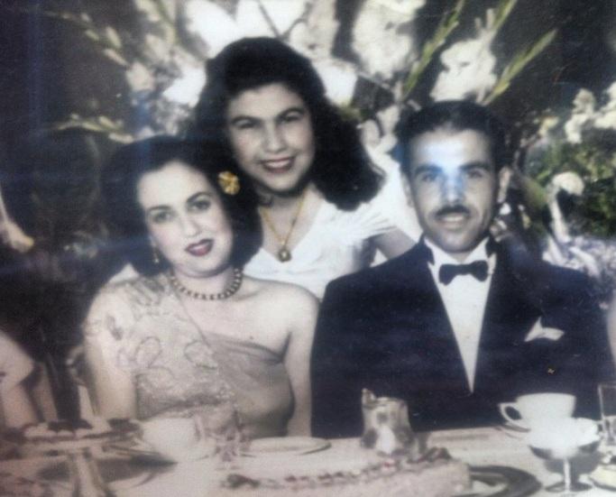 زواج أجداد والدتي في الأربعينيات بالإسكندرية