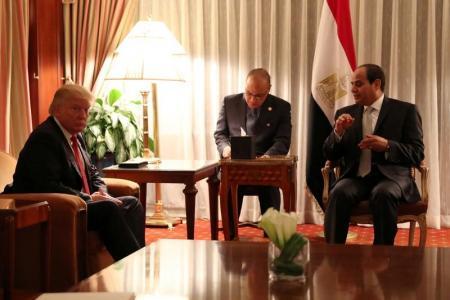 الرئيس المصري عبدالفتاح السيسي مع الرئيس الأميريكي المنتخب دونالد ترامب في نيويورك يوم 19 سبتمبر أيلول 2016. تصوير: كارلوس أليجري -رويترز