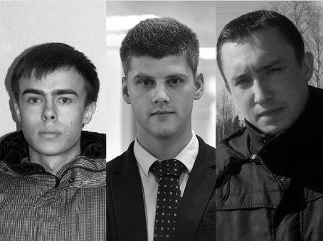 """الفريق الصحفي لقناة """"زفيزدا"""" - المراسل بافل أوبوخوف والمصور ألكسندر سورانوف ومساعد المصور فاليري رجيفسكي كانوا على متن الطائرة""""."""