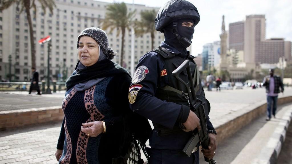 Mideast-Egypt_Horo-22-e1453653966788