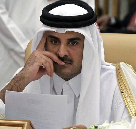 epa05020889 The Emir of Qatar, Tamim bin Hamad al-Thani, attends a session of the Arab-South American Countries Summit in Riyadh, Saudi Arabia, 11 November 2015. The Summit is attended by 22 Arab leaders and 12 South American countries leaders, meeting to discuss several issues including increase of trade volume and regional issues.  EPA/AHMED YOSRI