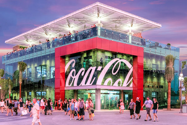 """In a huge deal .. """"Coca-Cola"""" Acquires cafes """"Costa"""""""